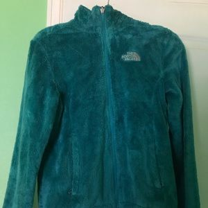 North Face Furry Fleece in Pretty Teal Color